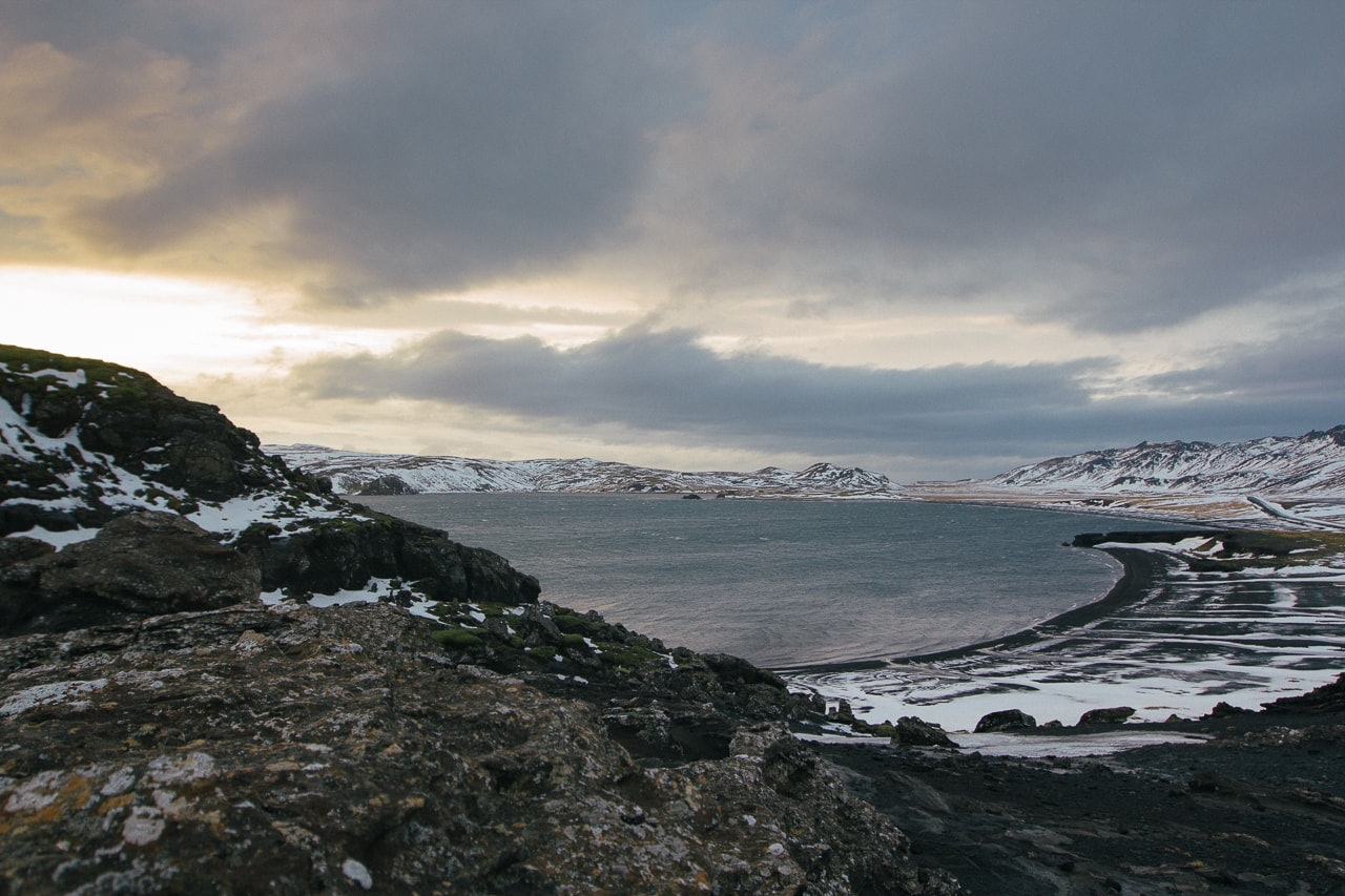 Iceland winter road trip - Kleifarvatn River - by Conscious by Chloé