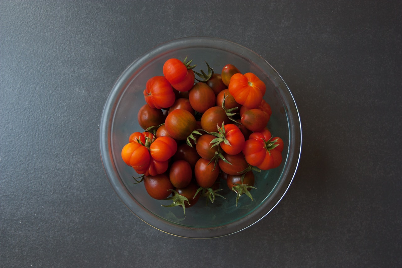 Heirloom Tomatoes by Conscious by Chloé
