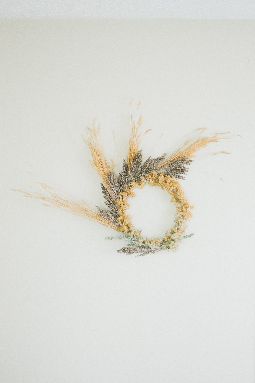 Foraged Wreath DIY by Conscious by Chloé