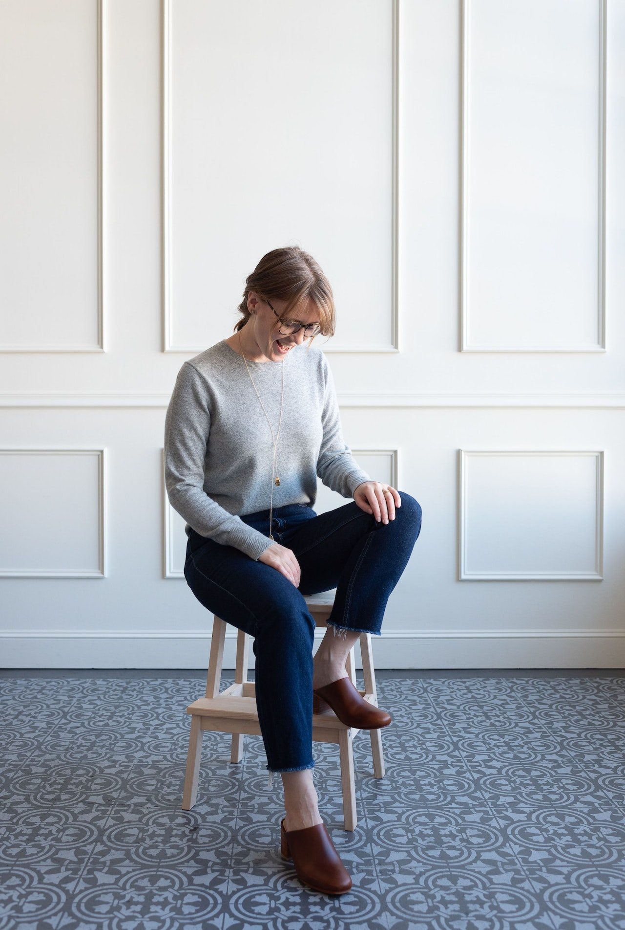 Fall 10x10 Day 2 Look - Everlane Cashmere Crew Sweater in Heather Grey by Conscious by Chloé