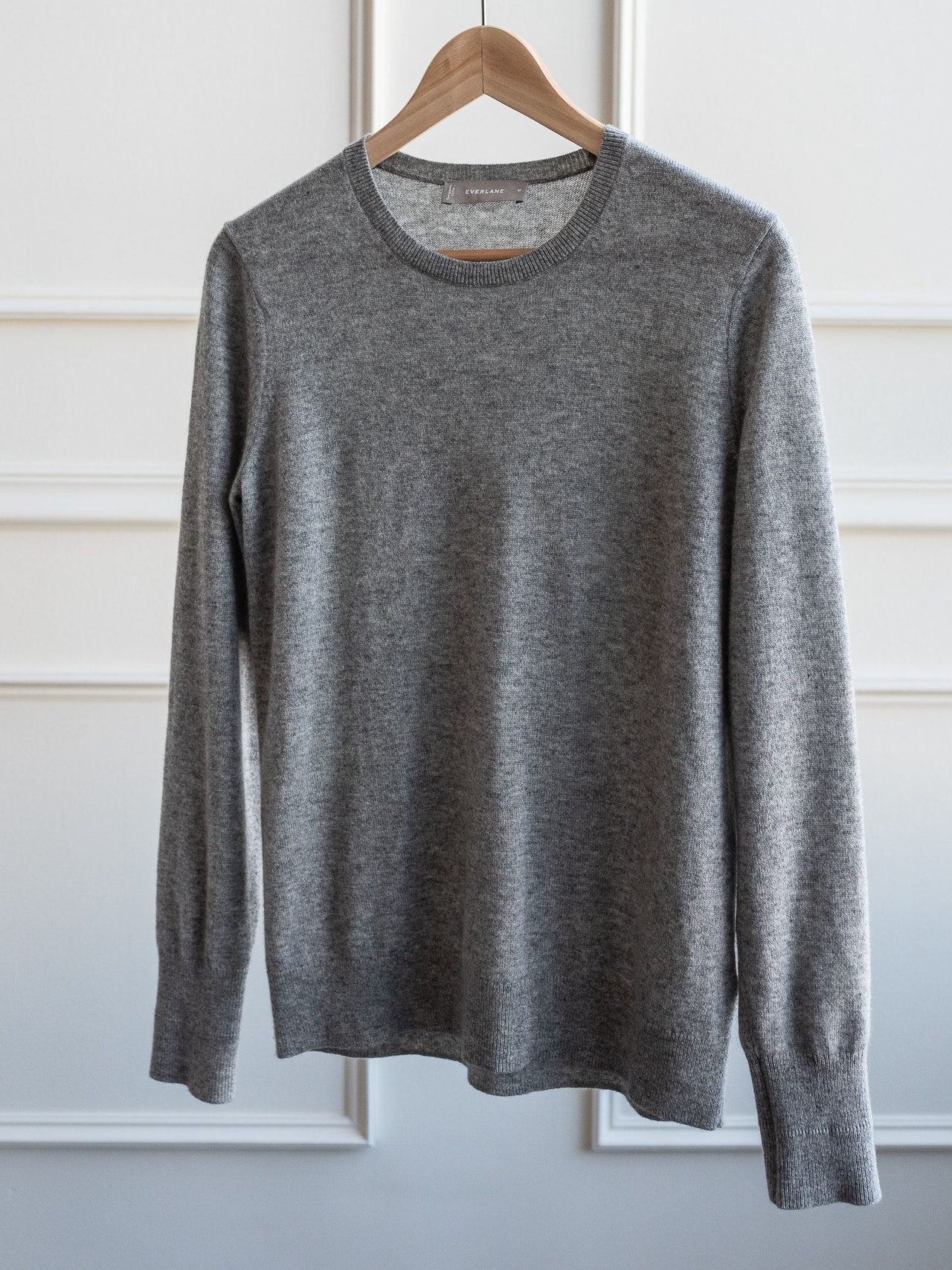 Everlane Cashmere Crew Heather Grey by Conscious by Chloé