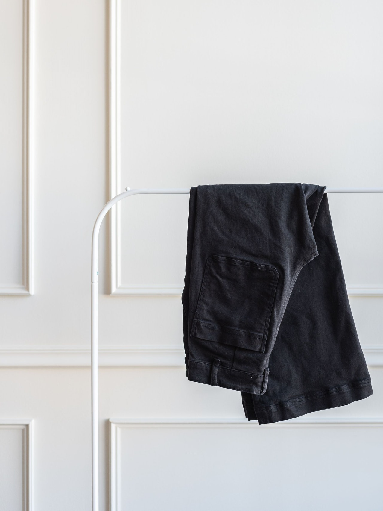 Everlane Wide Crop Pant True Black by Conscious by Chloé