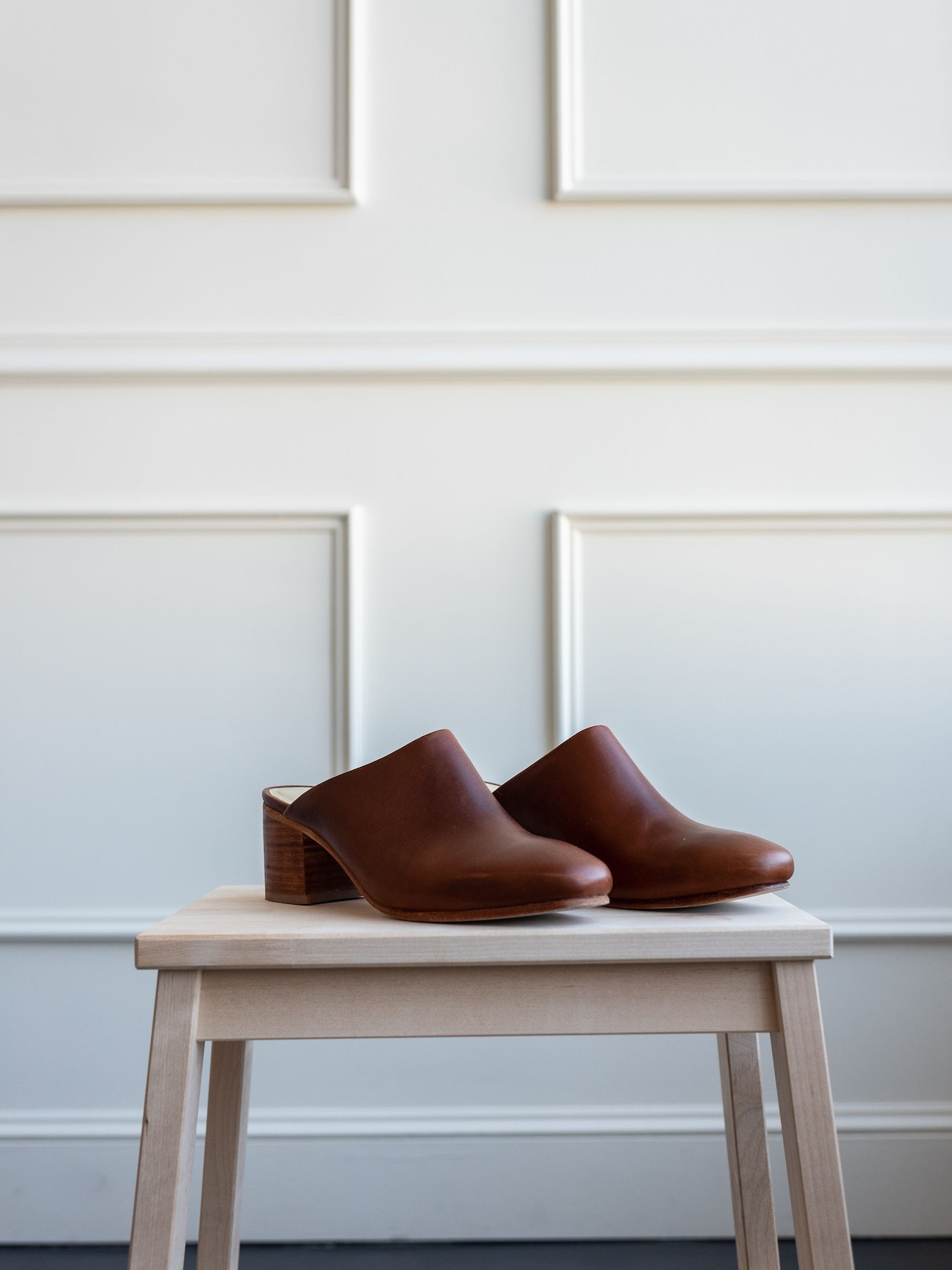 Nisolo Paloma Mule Brandy by Conscious by Chloé