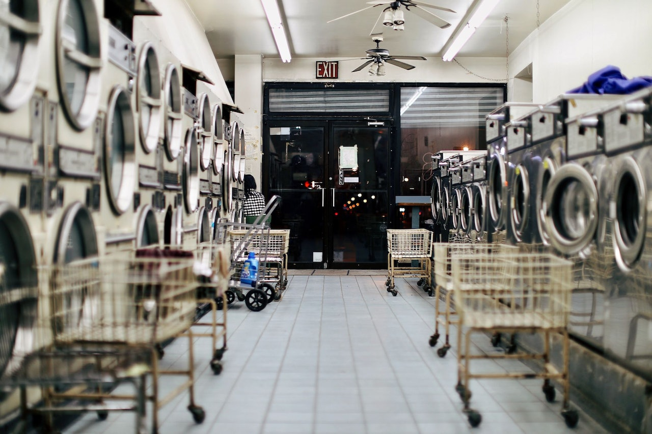 Laundromat for Conscious by Chloé