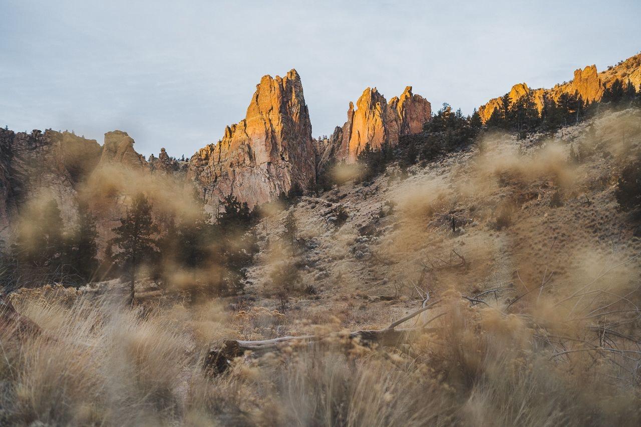 consciousbychloe-smith-rock-state-park-oregon-hike-5