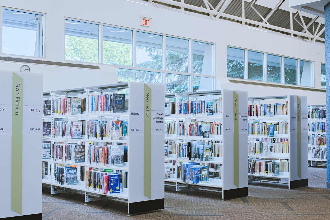 Library Sharing Economy Zero Waste Bend and Central Oregon by Conscious by Chloé